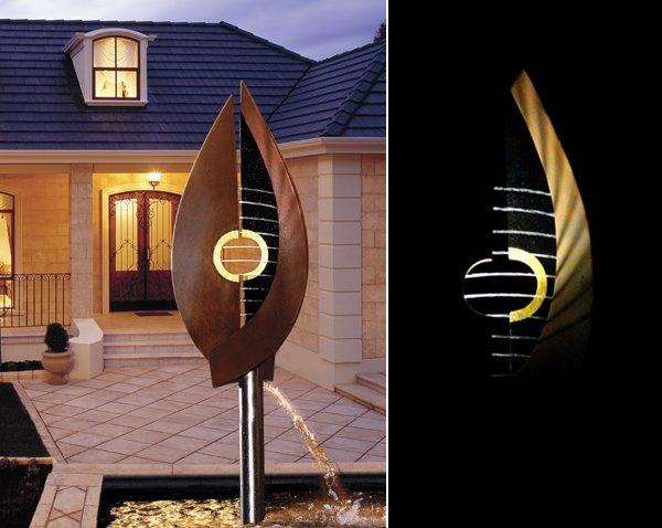 Web Leaf harp & house-horz